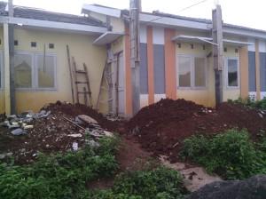 tiang depan rumah - salah satu penyebab kebengkakan dana karena salah hitung